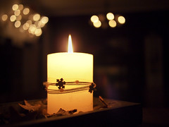 Advent (m.budde) Tags: christmas light pen lumix advent candle bokeh kerze olympus 20mm flickraward epl1 flickraward5 mygearandme