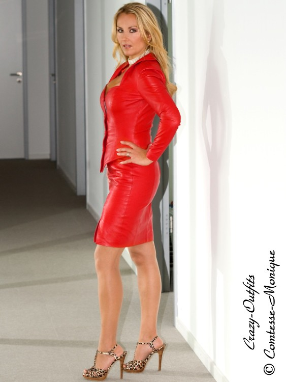 escort spain mature blonde