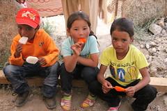 tak thok childs (rongpuk) Tags: people india mountains monastery himalaya childs tak ladakh gompa thok