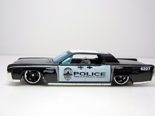 Hot Wheels 64 Lincoln Continental Police 2 A Photo On Flickriver
