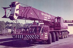 Sparrows 70 ton Grove TM800 (Bournemouth 71B / 70F) Tags: red mobile big bath lift crane head duty boom cranes block chassis hook derrick root heavy sparrows jib strut sections slew ballast lifting hoist telescopic capacity counterweight outriggers