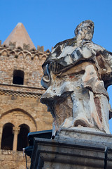 "Statuary II • <a style=""font-size:0.8em;"" href=""http://www.flickr.com/photos/55747300@N00/6647979723/"" target=""_blank"">View on Flickr</a>"