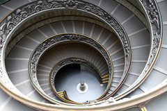 Where have all the tourists gone? (ejhrap) Tags: vatican spiral ramp stair musei stairway staircase museums vaticani oblong odt