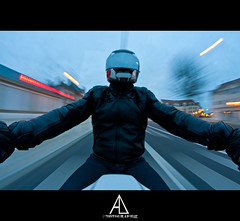 (Alexis.D) Tags: bike movement nikon lumiere moto biker passage 8mm mouvement motard pieton fil casque d90 samyang