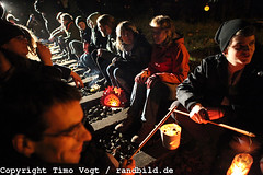 Protests against Nuclear Waste Transport (randbild) Tags: lanterne germany protest demonstration lanterns castor nds gorleben hitzacker atomenergie sitzblockade nuclearwaste atomicenergy castortransport laternegehen atompolitik castor2010 schienenblockade gleisblockade