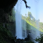 "Middle Waterfall <a style=""margin-left:10px; font-size:0.8em;"" href=""http://www.flickr.com/photos/14315427@N00/6741810781/"" target=""_blank"">@flickr</a>"