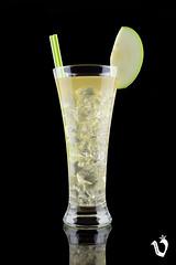 Cocktail Amber (Versak Estudio) Tags: stilllife verde green apple yellow photography amber corua drink manzana amarillo cocktail vodka cocktails mixo