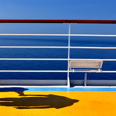 colors and shadows (Ipanem-2009) Tags: costa mare concordia marea homersiliad musictomyeyeslevel1