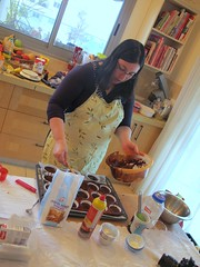 (Sharona R) Tags: cupcakes baking sweet chocolate cream cupcake workshop picnik frosting topping
