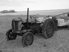 "cromer beach tractor • <a style=""font-size:0.8em;"" href=""https://www.flickr.com/photos/87605699@N00/6797738161/"" target=""_blank"">View on Flickr</a>"