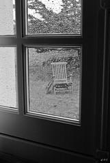 leica-m8--1002726.jpg (A.Pi81) Tags: leica blackandwhite bw white black art 35mm photography photo europe noiretblanc photos pluie m8 fentre chaise insolite blackdiamond abstrait summarit leicam8