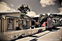 South Street: Worker Cottages 1863 - 1867 (hapePHOTOGRAPHIX) Tags: newzealand cottage nelson southisland aotearoa southstreet neuseeland nikonf80 abeltasmannationalpark nuevazelanda sdinsel islasur radlab hapephotographix 554nzl 554nsi