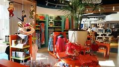 Universal gift shop - Cabana Bay Beach Resort. (OrlandoInformer) Tags: breakfast lunch restaurant store diner starbucks giftshop universalorlando cabanabaybeachresort onsitehotel baylinerdiner