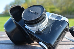 Case, Lens Cap & Camera (Callum Colville's Lothian Buses) Tags: camera vintage box tripod certificate case vintagecamera manual yashica pointshoot cartridge 126film seleniumcell ezmatic vintagetripod