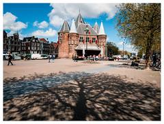 Nieuwmarkt Amsterdam (jmvanelk) Tags: light shadow tree amsterdam clouds sunny projection nieuwmarkt sigma2814mm nikond300s