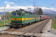 131-052/051 Vazec station/Slovakia (Gridboy56) Tags: railroad electric train europe trains slovakia locomotive railways locomotives 131 vazec railfreight zssk 131051 zsskcargo 131052