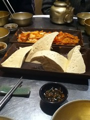 Tofu and kimchi (scavenged style) Tags: eating seoul ipodphoto