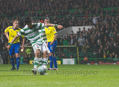 Celtic vs Dunfermline (vagelisgeo) Tags: ireland irish scotland football scottish celtic spl hoops hailhail