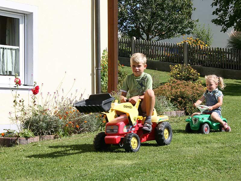 Ferienhof Hausmann - Kinderfahrzeuge