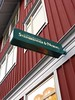 "Internt belyst Flagg Pendel, Exteriör, Steinbrenner & Nyberg, SKYLTiDEAL • <a style=""font-size:0.8em;"" href=""http://www.flickr.com/photos/67559254@N08/6435182881/"" target=""_blank"">View on Flickr</a>"