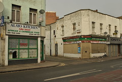 Peckham, London, SE15 (J@ck!) Tags: london streetscape shopfront peckham se15 africanrestaurant peckhamparkroad londonboroughofsouthwark computerrepairshop liveseyplace alayokitchen