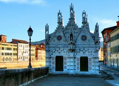 Pisa - Santa Maria della Spina (anto_gal) Tags: fiume pisa chiesa arno toscana hdr 2012 città gotico lungarno spina santamariadellaspina