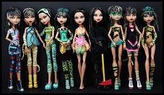 I Am Cleo (DollsinDystopia) Tags: amazon dollphotography deadtired gloombeach monsterhigh cleodenile dayatthemaul gothcleo