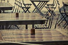 ...aspettando un caffè in un bar di Marsiglia (Mr Warren) Tags: france bar marseille caffè