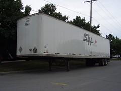 SLH Transport Inc. (Sears Canada) 53' Manac Trailer 7237330 Ottawa, Ontario 08152005 Ian A. McCord (ocrr4204) Tags: ontario canada ottawa casio gloucester pointandshoot parked trailer mccord 53 manac slh remorque qvr51 53ft 53foot ianmccord ianamccord