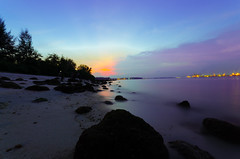 Punggol Beach at Blue Hour (Wang Guowen (gw.wang)) Tags: sunset beach nikon singapore images punggol getty bluehour sigma1020mm postprocessing cs5 d7000 gwwang wwwon9cloudcom worldwarsites