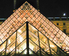 Louvre Pyramid at Night (Renate Flynn) Tags: paris museedulouvre louvremuseum worksofart