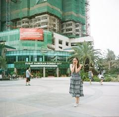 (xiaoli_hippo) Tags: city forest shock development johorbahru