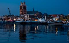In en om de Grote Kerk (Dordrecht) (Marjan van de Pol) Tags: favorite sony nederland fave dordrecht kerk grotekerk avondlicht faved sonyrx100m3