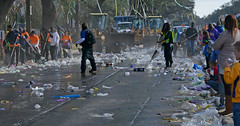 Amazing Organization (BKHagar *Kim*) Tags: street carnival people trash beads neworleans crowd cleanup cups napoleon nola mardigras throws rakes bkhagar