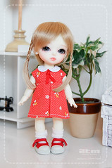 Retro Bee Red (Cute mini doll~) Tags: white yellow lumi atelier haewon latidoll lati momoni