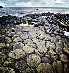MacCool's path (Jerome Pouysegu) Tags: ocean ireland sea mer beach coast stones 5d giants pierres seashore plage causeway irlande chausse geants