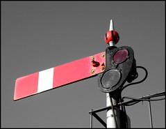 Red Signal (R~P~M) Tags: uk greatbritain england station train unitedkingdom railway signal oxfordshire banbury semaphore oxon gwr greatwestern lowerquadrant
