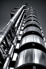 Lloyd's building (Jonathan.Russell) Tags: white black building london metal canon silver shiny future tall lloyds buildin 40d
