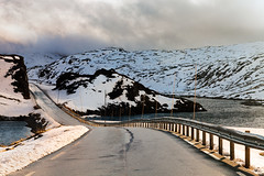 IMG_4404 (John & Tina Reid) Tags: travel autumn snow cold norway vik getty frozenwater mountainpass mountaintop travelphotography sognfjord jonreid emptyroad tinareid httpnomadicvisioncom