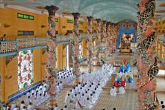Cérémonie caodaïste (Tay Ninh, Vietnam)