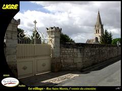 20100715-Ligré_012 (michel.cansse) Tags: france centre cimetière richelieu indreetloire paysdeloire glise ligré