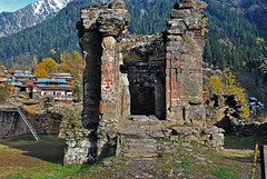 Sharada Peeth, Sharada, Neelum District, Kashmir, Pakistan (Black-Z-ro [100,000+ views]) Tags: temple siri sree devi sharada peet narda