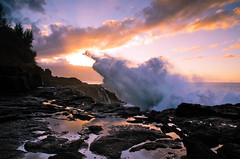 Queens Bath 2 (Urbanicsgroup) Tags: sunset sea landscape hawaii nikon waves kauai swell queensbath