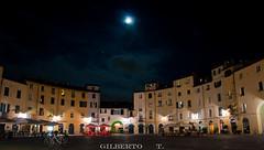 Il cielo sopra Piazza dell'Anfiteatro (Lu) (gilbertotphotography.blogspot.com) Tags: italy church square nikon italia place lucca chiesa tuscany piazza nikkor toscana d90 nikonista