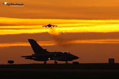 Panavia Tornado GR4 RAF Marham sunset (Nigel Blake, 17 MILLION views! Many thanks!) Tags: sunset canon photography flying is fighter aircraft aviation military flight jet blake tornado nigel f4 raf mkiii eos1ds panavia gr4 600mm marham