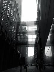 (jordi.martorell) Tags: cameraphone bridge urban building london glass architecture geotagged puente arquitectura movil mobil walkway plata mobilephone pont cristal guesswherelondon wildfire htc virado vidre gwl silvertoned htcwildfire guessedbyanya123