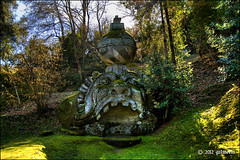 Proteo - Sacro Bosco di Bomarzo (VT) (gilmolm) Tags: park italy parco photoshop canon geotagged wideangle viterbo hdr lazio bomarzo bosco lightroom 10mm canonefs1022mmf3545usm parcodeimostri photomatix canoneos450d canoneosdigitalrebelxsi canoneoskissx2 boscosacrodibomarzo