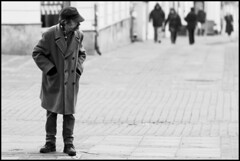 Recognize (jotemel) Tags: blackandwhite bw blur focus dof candid poland 18 checkpoint lublin