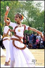 Step up (ANIRUDDHA PANDEY) Tags: india white sexy art girl photography dance nikon women slim dancer step figure classical performer saree pandey westbengal aniruddha nikor rampurhat bharatnattam