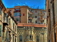 Palermo, antico e moderno (forastico) Tags: palermo sicilia palazzi d60 forastico nikonflickraward luckyorgood